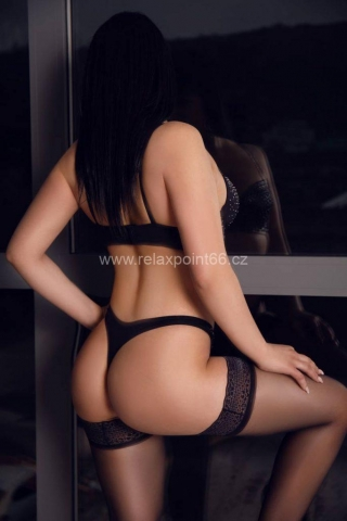 Kris erotic massage Prague