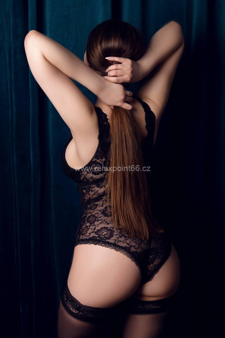 Selena erotic massage Prague