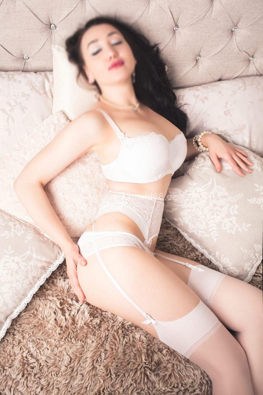 Nina erotic massage
